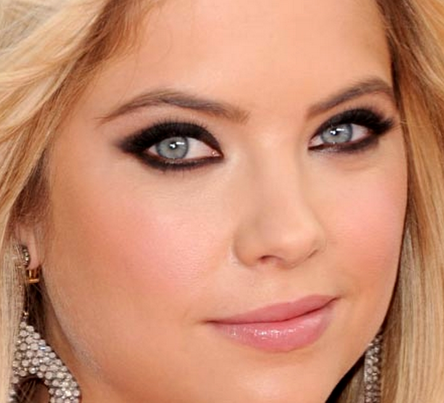 make-ashley-benson