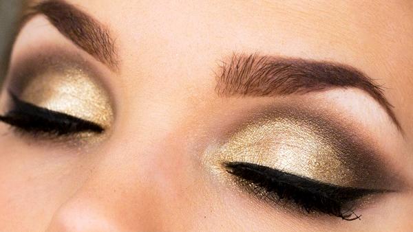 <font color='#f21696'>Noite da virada:</font> Dicas para a maquiagem durar até o fim da festa